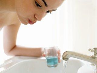常用盐水漱口有助预防感冒、流感