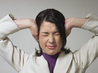 如何对待耳鸣患者的心理咨询?