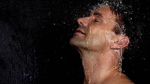 高血压病人不要冷水浴