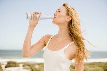 水对尿道炎有很好的预防作用